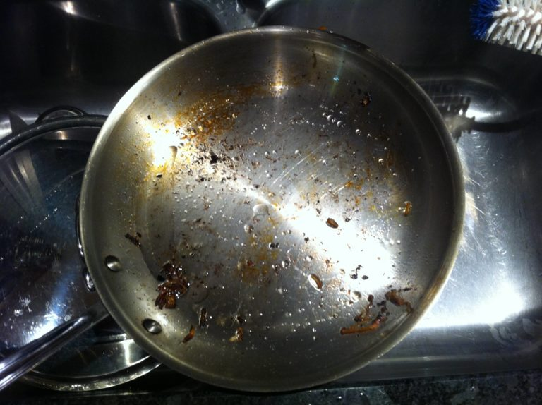 How to remove backed-on grease from kitchen tools