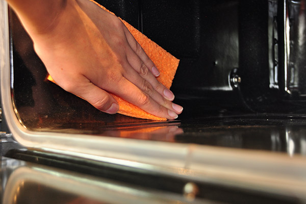 How to remove grease and burned oil out of your oven